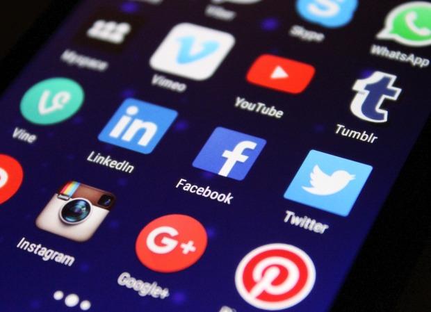 ¿Nuestra imagen es de todos (y para todo) cuando la subimos a redes sociales?